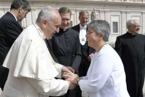 Sister Mary Pellegrino greeted by Pope Francis