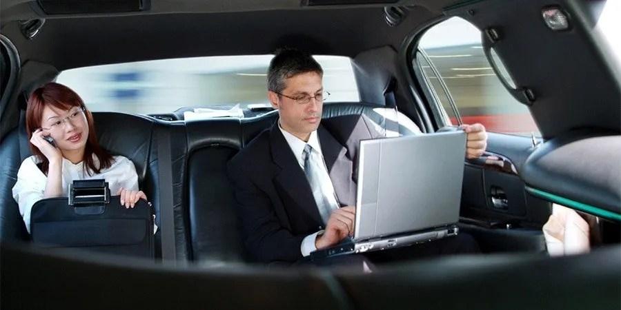 airport limousine service pickup