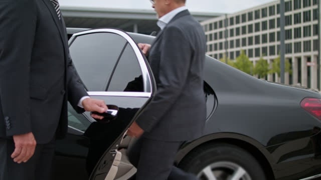 St. Louis Airport Limo Service pickup