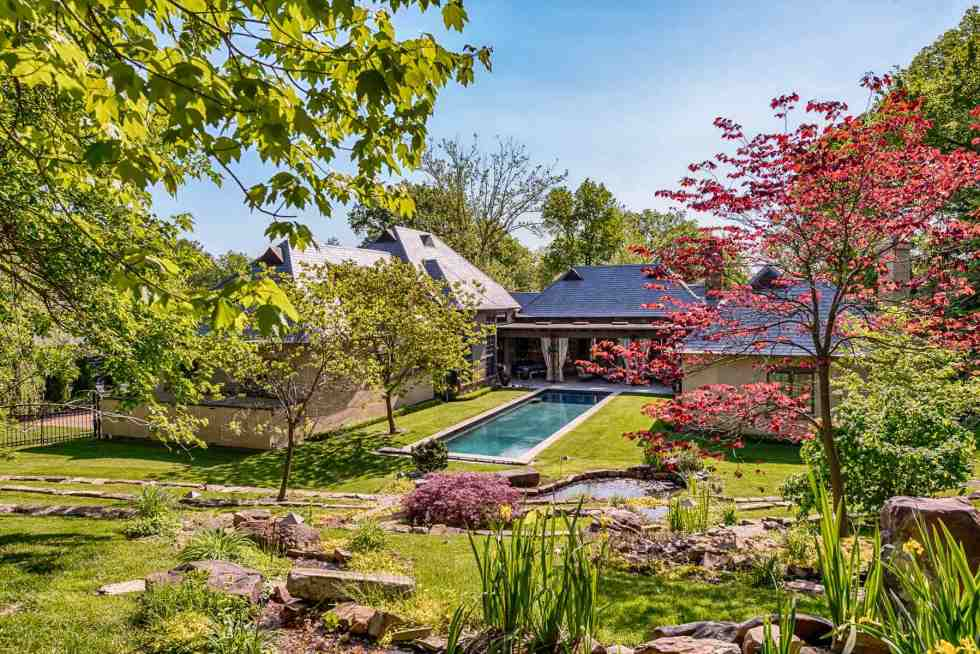 Photographs of a home on Lay Road in Ladue, Missouri for Dielmann Sotheby's International Realty agent Ted Wight