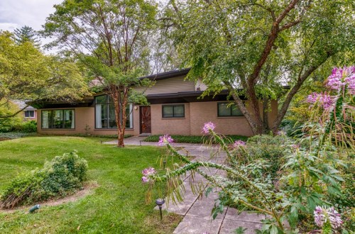 Mid-Century Marvel | 27 Covington Road | Dielmann Sotheby's International Realty