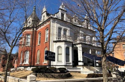 Victorian Manse in Lafayette Square   1631 Missouri Avenue