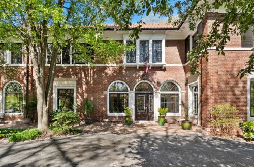 Classic Hillcrest Beauty Across From Forest Park | 1 Aberdeen Place