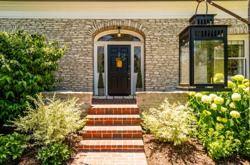 3 Tips to Elevate Your Home's Curb Appeal