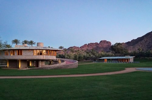 7 Frank Lloyd Wright-Designed Homes Have Been Sold or Listed in 2020