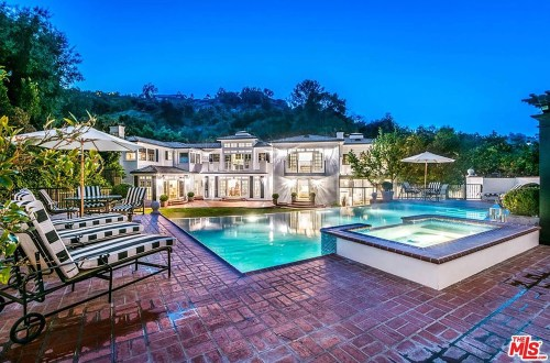 The 10 Most Expensive Homes Owned By The 'Real Housewives'