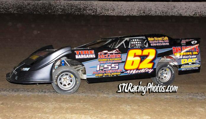 Troy Medley at Federated Auto Parts Raceway at I-55 on March 26th, 2016.