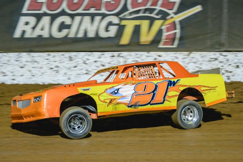 Army, racing veteran Welschmeyer looks to break into Big O Tires Street Stock victory lane in 2018
