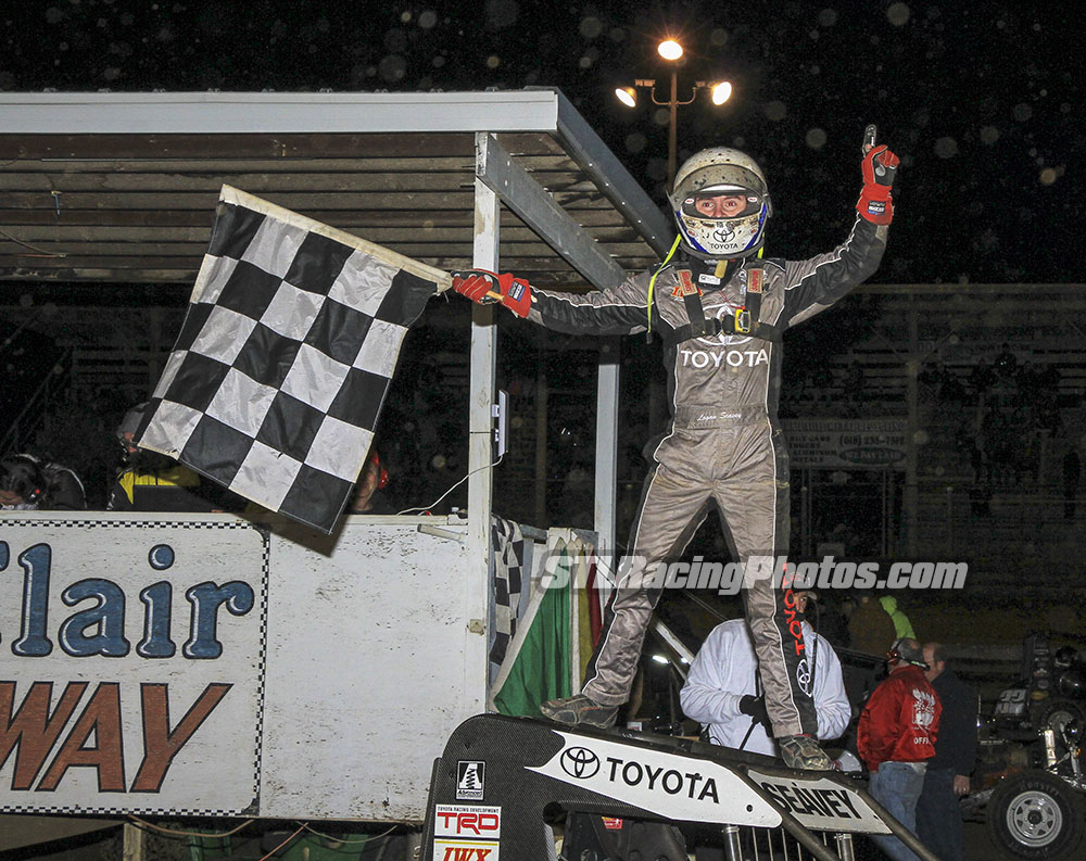Seavey Seals the Deal in 14th Annual Meents Memorial
