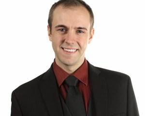 Kenneth Donahue, Bass