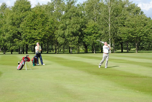 Golfers raising money for the bursary fund