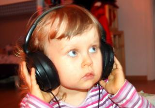 Download Girl with headphones Free Photo