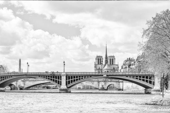 {004} Pont Sully - Paris / 1876