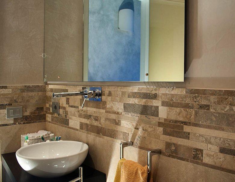 Naturstein-Streifen fürs Badezimmer - Stone-ideas.com