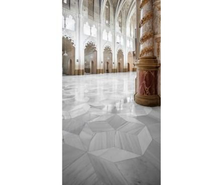 São marcantes na padronagem de Santa Maria de Mahón as estrelas de cinco pontas, que se repetem frequentemente.
