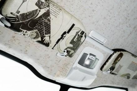 E de todos, na palheta de truques dos designers é ainda mais digna de nota a utilização de resíduos de papel ou de cortiça no teto do carro.