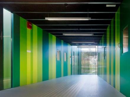 Abalo Alonso arquitectos: il nuovo asilo dell'Università di Ourense.
