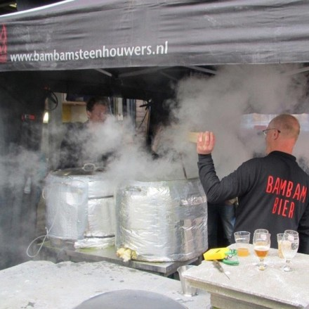 Today's stonemason brewers of BamBam Steenhouwers heat the stone to 700 degrees and hang it in the brew.