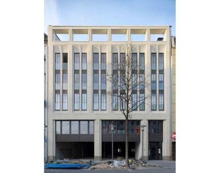 Christoph Sattler: Residential and commercial building, Hagen.