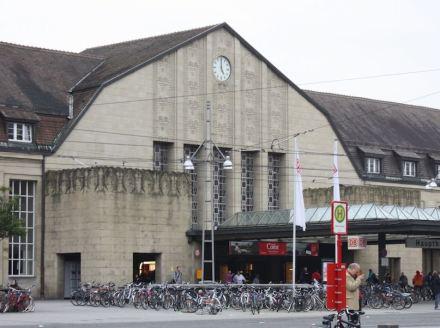 Hauptbahnhof Karlsruhe. Foto: Dguendel / Wikimedia Commons