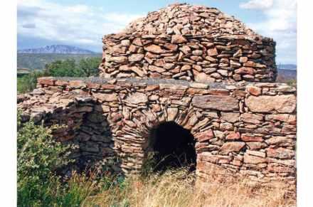 Category Heritage (landscape), 3rd Prize: Yannick Tétard, Orri in dry stone, Cassagnes (Pyrénées-Orientales).