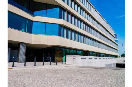 Ebenfalls mit einem Hauptpreis ausgezeichnet wurde die Fassade des Bürohauses Royal Wilanów in Warschau.