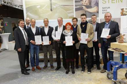 The award-winners, members of the jury and officials. Photo: Wilfried Hummel.