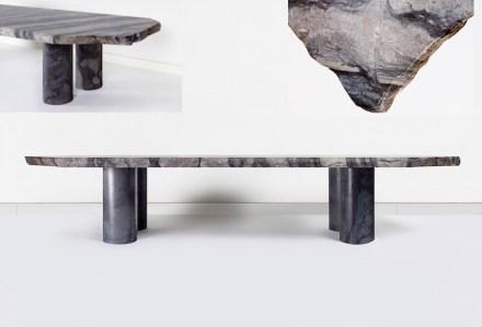 """""""Blausee"""" nannte Dimitri Bähler seinen Tisch beziehungsweise seine Sitzbank aus einem in den Alpen vorkommenden Kalkstein. <a href=""""http://novgallery.com""""target=""""_blank"""">NOV Gallery</a>. Spazio Rossana Orlandi."""