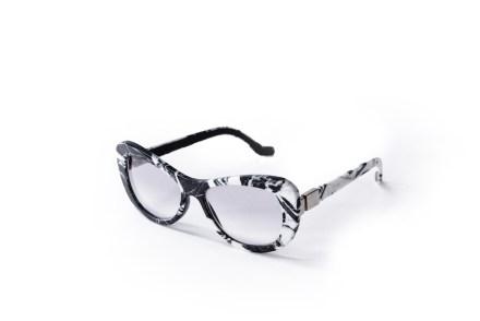"<a href="" http://www.mora-eyewear.com""target=""_blank"">Morà Eyewear</a>."