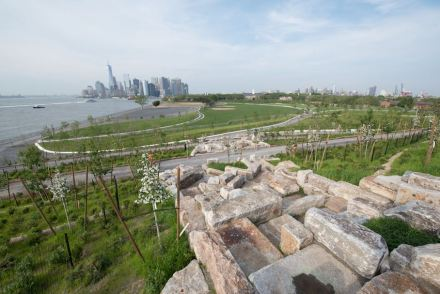 "West 8 Urban Design and Landscape Architecture: ""The Hills"", Governors Island."