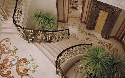 Budri: villa privada, escalera.