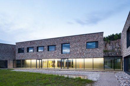 O Centro Europeu para Educação Geológica (ECEG).