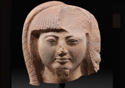 Kopf des Königssohnes Chaemwese (?). Regierungszeit Ramses II., um 1250 v. Chr., Memphis (?), Quarzit. © Berlin, SMB Ägyptisches Museum und Papyrussammlung, Foto: Sandra Stei