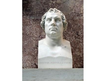 Bust of Martin Luther, Ernst Rietschel (1831), Walhalla near Regensburg. Photo: Hajotthu / Wikimedia Commons