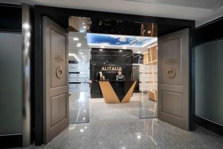"Marco Piva: VIP Lounge ""Casa Alitalia"", Milan Malpensa."