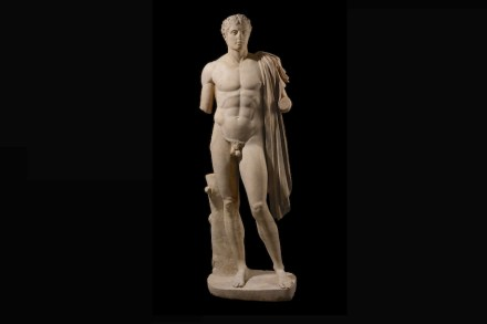 Hero or athlete. Roman marble statue (1st century AD), based on a Greek original (c. 320-300 BC). © The Trustees of the British Museum