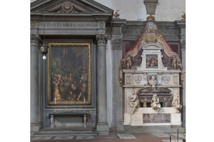 Michelangelo's tomb (right) aside Buonarroti Family's altarpiece.