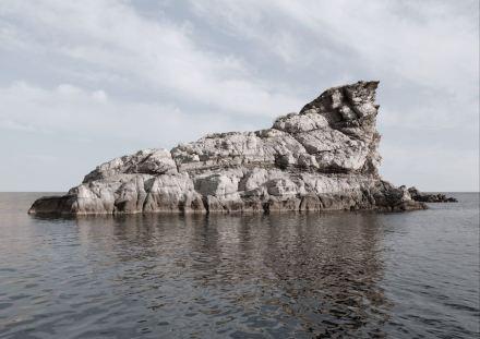 "Christina Dimitriadis: ""Island Hopping""."