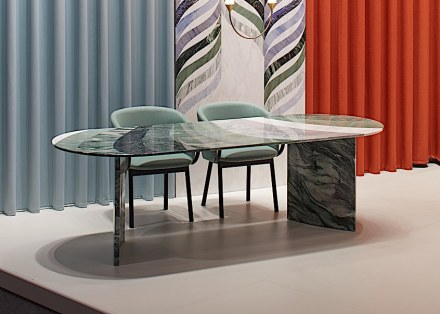 "Budri, Patricia Urquiola: table ""Marea"" from ""Agua"" collection."