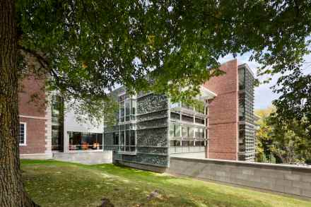 Bohlin Cywinski Jackson: Williams College, Sawyer Library. Foto: Peter Aaron/Esto