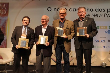 The honored: (f.l.t.r.): José Alci Porto Júnior, Claudio Bissi and Marco Fabio Bissi for Guido Bissi, Ricardo Cavalcante.