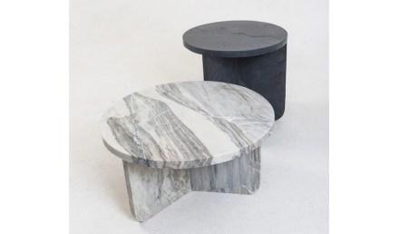 """Coffee and side table """"Leme"""". Design: Estúdio Rain; company: Dapaz Mineração; marbles All Saints e / and Bianco Senna."""