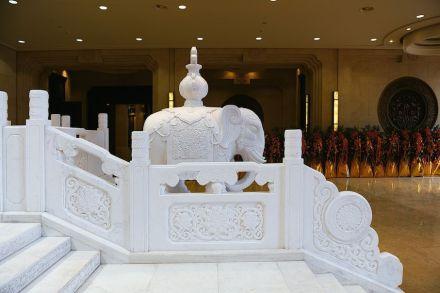 Dinglistone: Lingshan Brahma Palace.