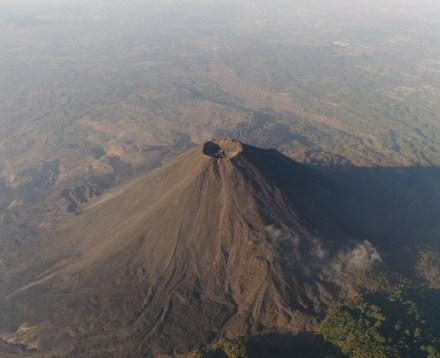Foto: Volcán Izalco, 2017, El Salvador. Foto: Santiago Arau