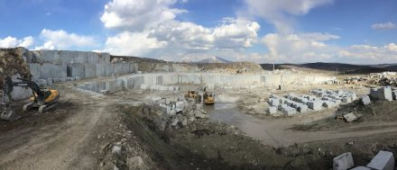 Quarry of the Dark Olive limestone from Turkish Silkar company.