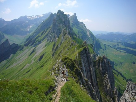 "Der Altenalp Türm summit in the Swiss Alps. Photo: Caumasee / <a href=""https://commons.wikimedia.org/""target=""_blank"">Wikimedia Commons</a>"