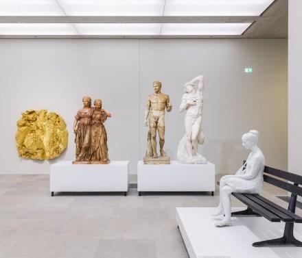 """""""Nah am Leben. 200 Jahre Gipsformerei"""", Ausstellungsansicht, James-Simon-Galerie, 2019, © Staatliche Museen zu Berlin / David von Becker"""