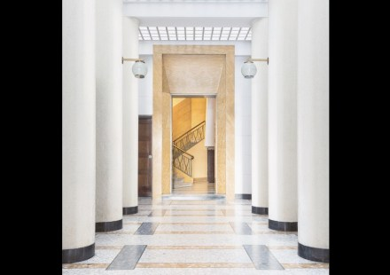 """Cover of """"Entryways of Milan""""."""