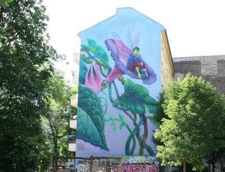 Although the vast majority of the population is in favor of ecological measures, there is little willingness to change their own lifestyle. Mural in Berlin.