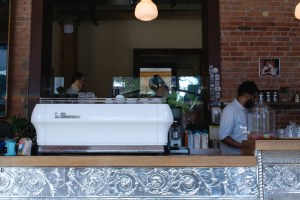 dark horse toronto best coffee shop